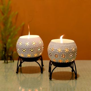 Tealights (Set of 2) White Polka Style in Round Shape with Metal Stands (5x5x6.5)