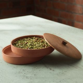 Terracotta Sprouter With Wooden Lid